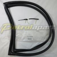 Genuine Nissan Patrol GQ Y60 Windscreen Rubber