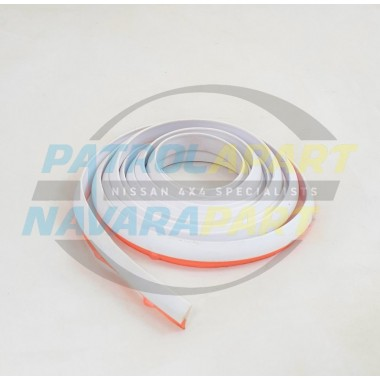 Nissan Patrol GQ & GU Aftermarket WHITE Flare Seal Rubber Mould 2m
