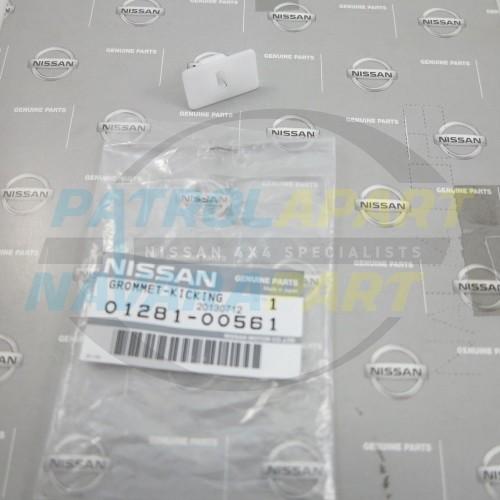Nissan Patrol GQ Y60 Genuine Outside step Grommet