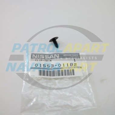 GENUINE Nissan Patrol GU Y61 Rear Left LHR 1//4 Panel Fender Flare Seal Rubber