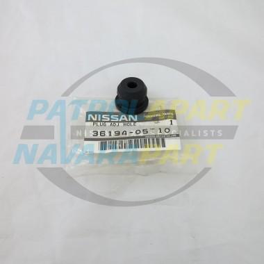 Genuine Nissan Patrol GQ GU Handbrake Drum Grommet