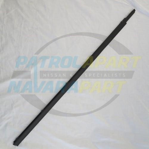 Genuine Nissan Patrol GQ Weatherstrip LHF Manual Outer