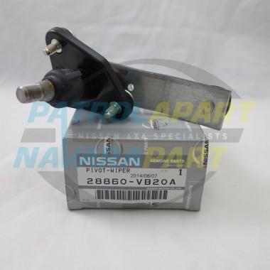 Genuine Nissan Patrol GU Y61 Wiper Arm Pivot Right Hand Side