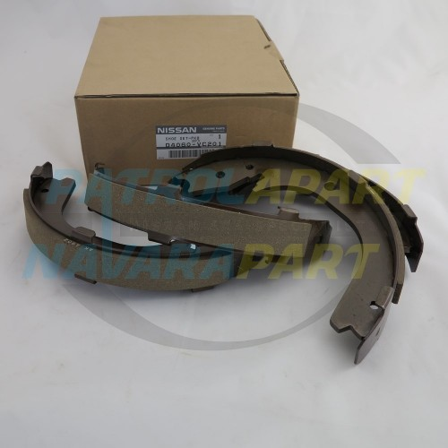 GENUINE Nissan Patrol Y61 GU TB48DE Handbrake Shoe Kit