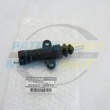 Nissan Patrol Genuine Clutch Salve Cylinder GU Y61 RD28Ti